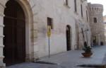 cAstello baronale di castello martano.JPG